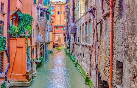 10 Via Piella canale