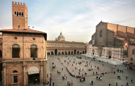 2 piazza Maggiore