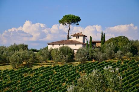 Toscana villa pixabay.jpg