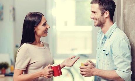 coppia-conversazione