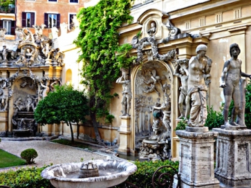 Cortile Roma barocca