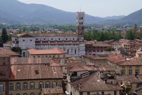 Lucca pixabay.jpg