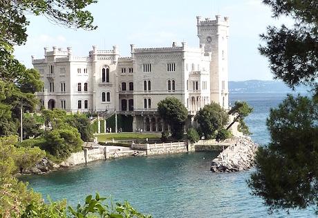 Miramare castello pixabay.jpg
