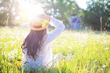 Donna primavera pixabay.jpg