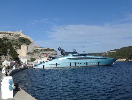 Barca Vip Sardegna pixabay.jpg