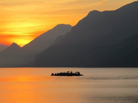 lago di Garda tramonto.jpg