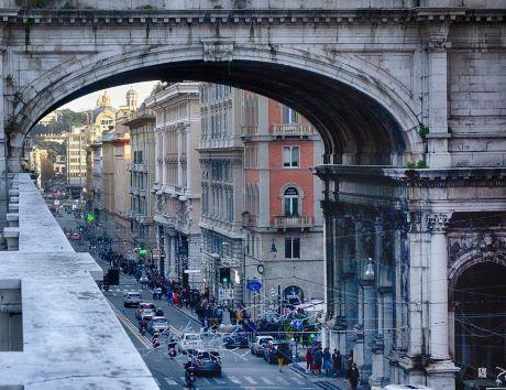 Genova strade pixabay.jpg