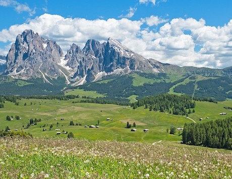 Летом 2020 года многие итальянцы вместо моря выбирают отдых вгорах