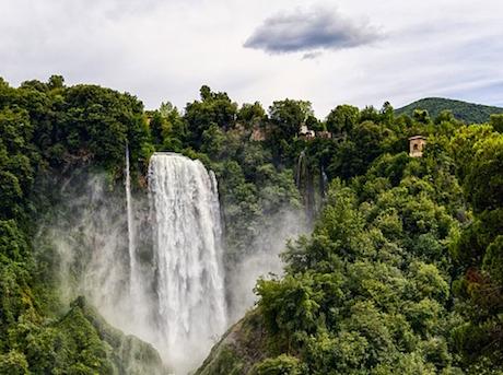 Umbria cascate pixabay